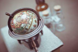 多言語のイメージ:地球儀